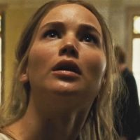 Novo Cartaz de 'Mãe!' traz imagem rachada de Jennifer Lawrence e Javier Bardem!