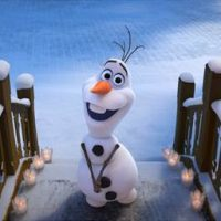 """""""Olaf – Em Uma Nova Aventura Congelante de Frozen"""" chega à televisão e Netflix"""