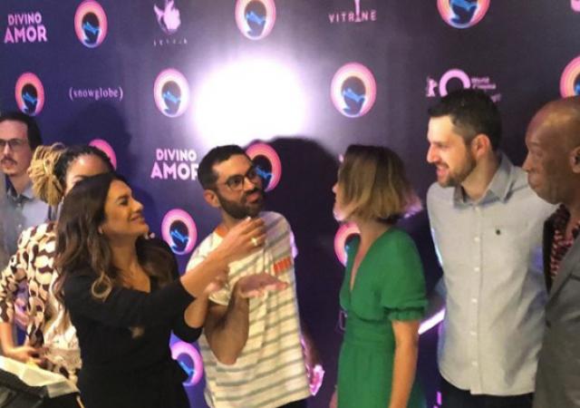 Entrevistas | Diretor | Elenco | Divino Amor