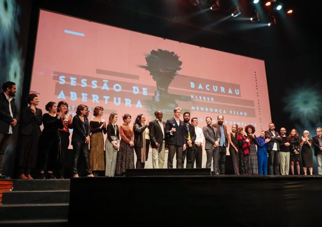Confira o que aconteceu na noite de abertura do Festival de Cinema de Gramado 2019!