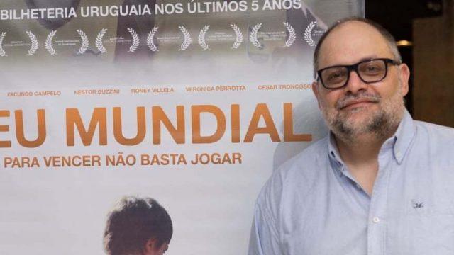 """Confira nossa entrevista com o ator Néstor Guzzini de """"Meu Mundial""""!"""
