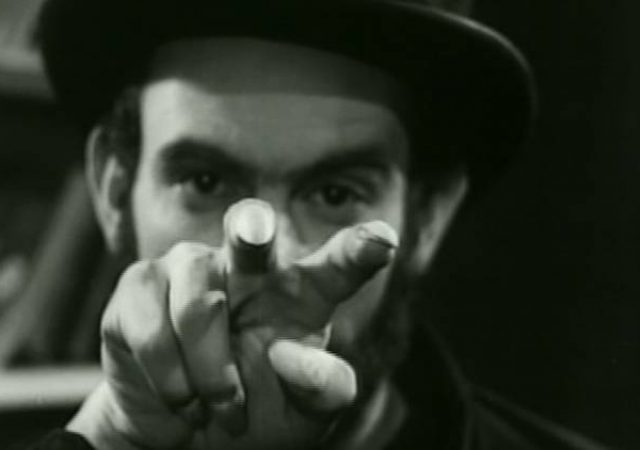Zé do Caixão e o Nascimento do Terror Brasileiro no Cinema